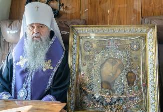 Совершен молитвенный облет Санкт-Петербурга с чудотворной Казанской иконой Божией Матери