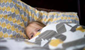 Память о счастливом детстве — это как одеяло Лихачева, – писатель Евгений Водолазкин о том, почему нельзя скупиться на родительскую любовь