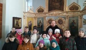 Учащиеся 628-й Александринской гимназии посетили храм пророка Илии на Пороховых.